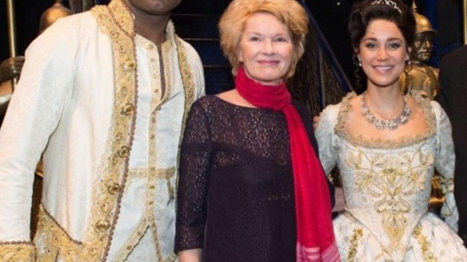 Martine Bijl maakt eerste publieke uitstapje na hersenbloeding