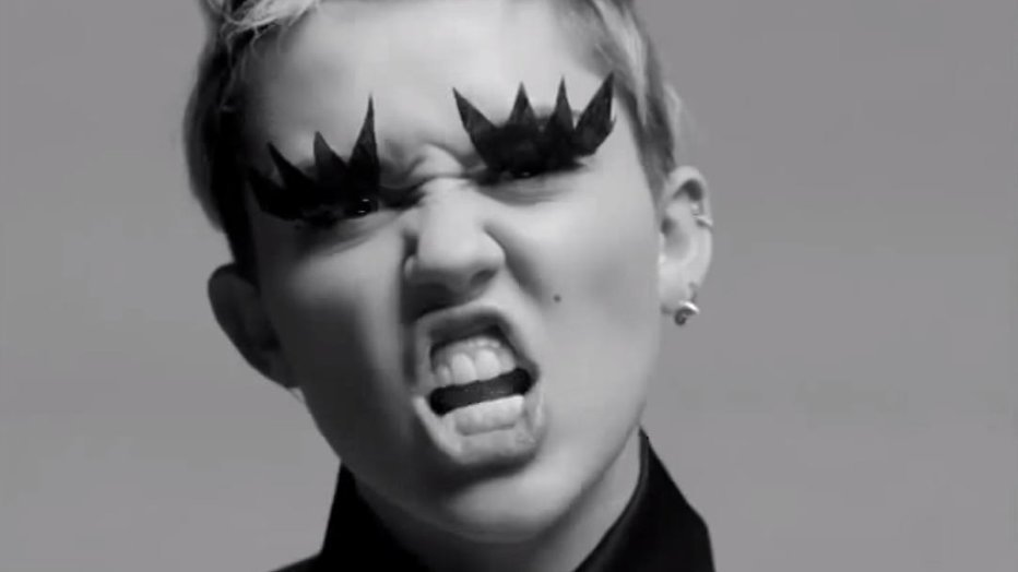 Miley Cyrus speelt hoofdrol in Amazon tv-serie van Woody Allen