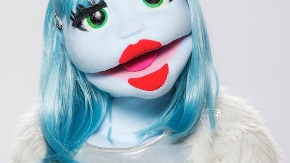 Popster-jurylid Izzy vermenigvuldigt zich: binnenkort 2500 Miss Izzy's