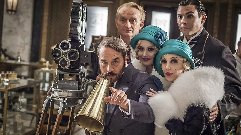 Kijktip: De Dolly-zusjes stelen de show in Mr. Selfridge