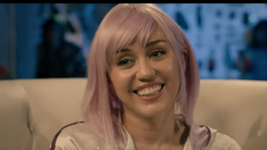 Miley Cyrus in nieuwe trailers