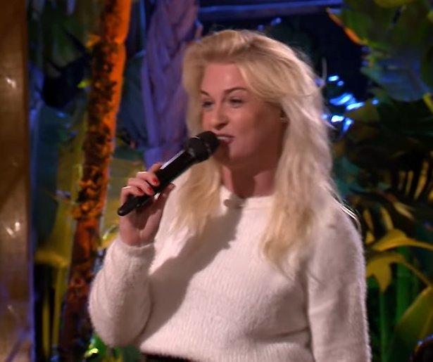 Videosnack: Miss Montreal rapt Viervoeters bij Beste Zangers