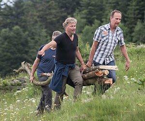 Bert van Leeuwen presenteert Mannen in het Wild