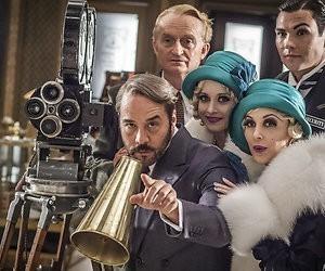 Kijktip: De Dolly-zusjes stelen de show in Mr. Selfridge