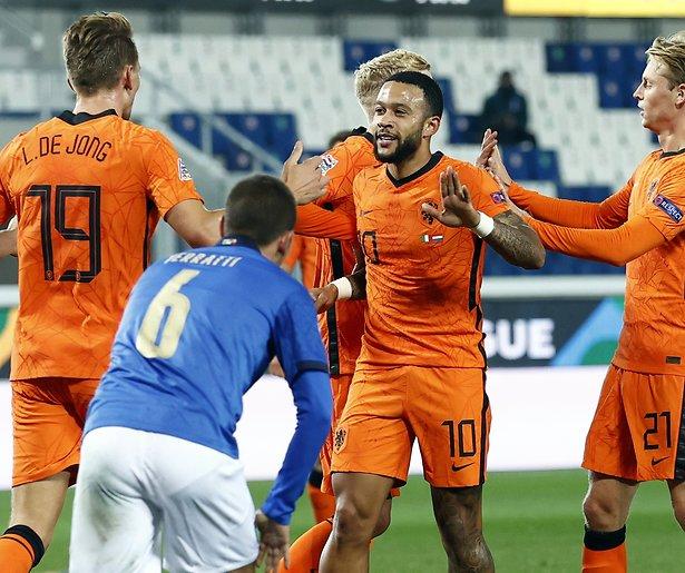 De TV van gisteren: Ruim 2,2 miljoen zien Oranje gelijkspelen