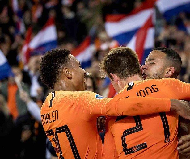De TV van gisteren: 2,8 miljoen zien Oranje op nippertje winnen van Noord-Ierland