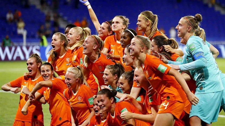 Oranje vrouwen