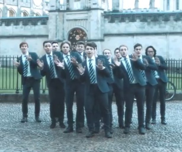 YouTube-hit: studenten Oxford zingen All I Want For Christmas a capella