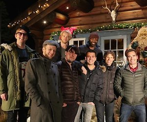 Jan Smit en vrienden maken de ultieme kersthit in O Denneboom
