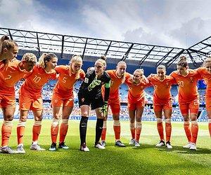 De TV van gisteren: 1,6 miljoen voor eerste wedstrijd voetbalvrouwen
