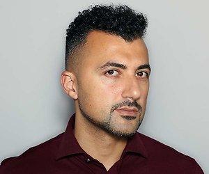 Özcan Akyol over zijn nieuwe programma: 'Knippen en interviewen tegelijk is lastig'