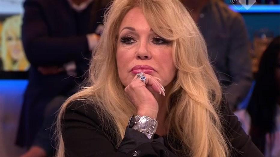 """Patricia Paay bij Jinek na uitlekken seksvideo: """"Ik leef in een nachtmerrie"""""""