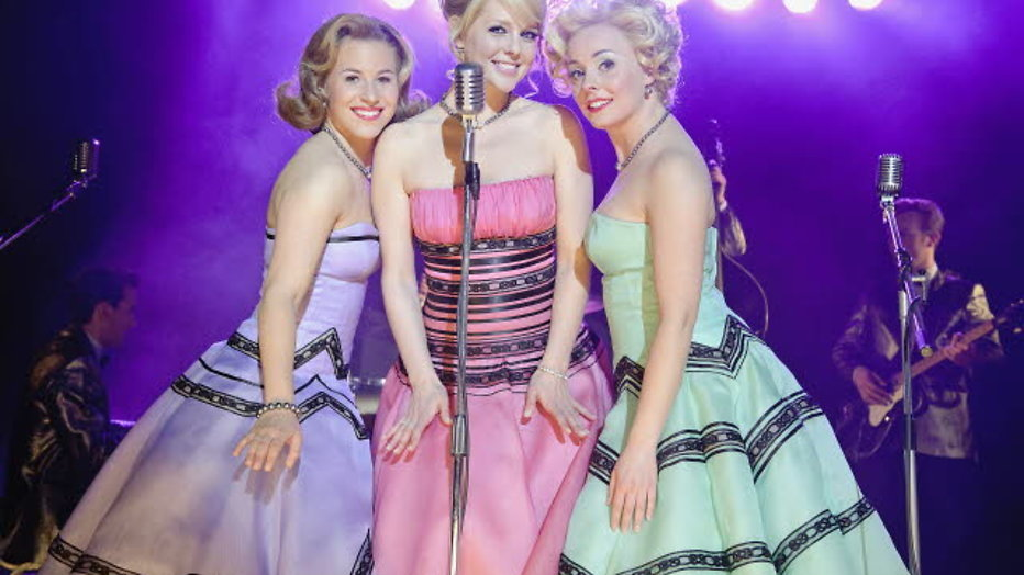 TV-serie van musical Petticoat in de maak