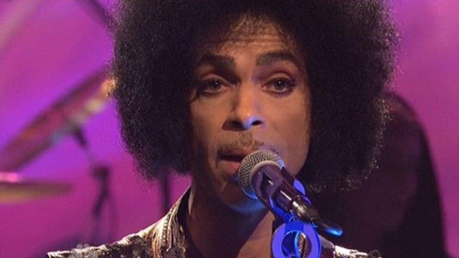 Extra uitzendingen ivm overlijden Prince