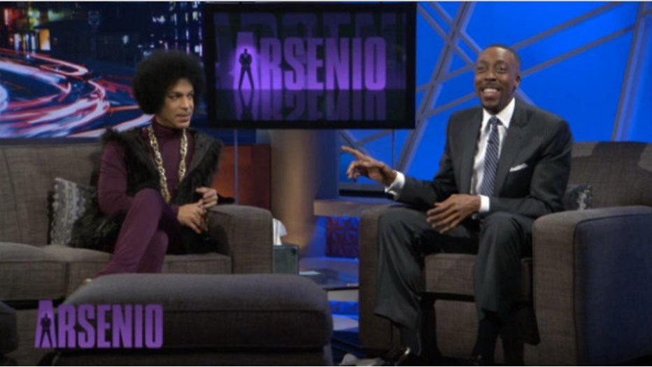 """Arseno Hall regelde drugs voor Prince"""