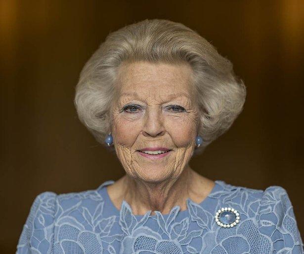 De TV van gisteren: Prinses Beatrix is een kijkcijferkanon