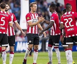 Play-off-wedstrijden PSV en Ajax live op televisie