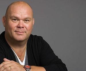 Paul de Leeuw maakt show over nummer 1