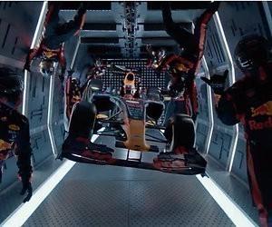 Videosnack: Red Bull doet als eerste team gewichtloze pitstop