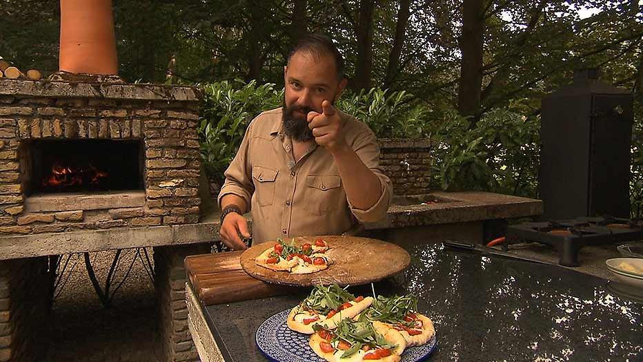binnenstebuiten-kok ramon brugman geeft recept voor dadar isi