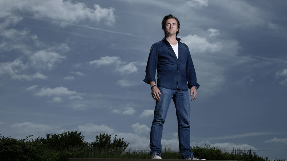 Top Gear-presentator Richard Hammond maakt ernstige val