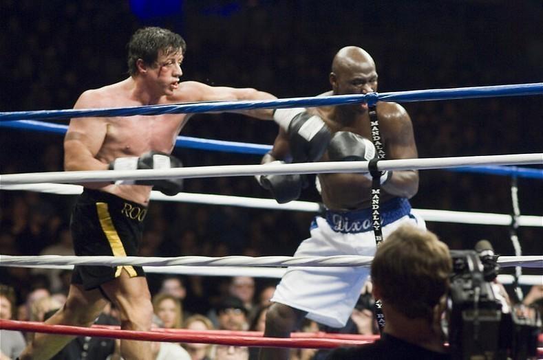 Sylvester Stallone kan het niet laten