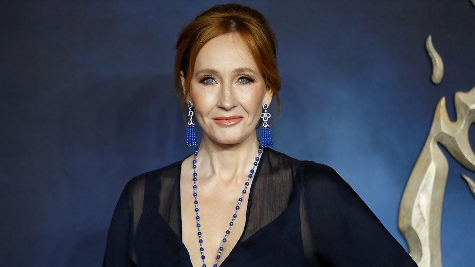 J.K. Rowling: 'Perkamentus verliefd op Grindelwald'