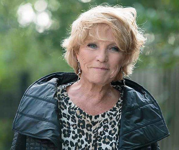 Ria Bremer na 35 jaar terug met zwangerschapsonderzoek op tv