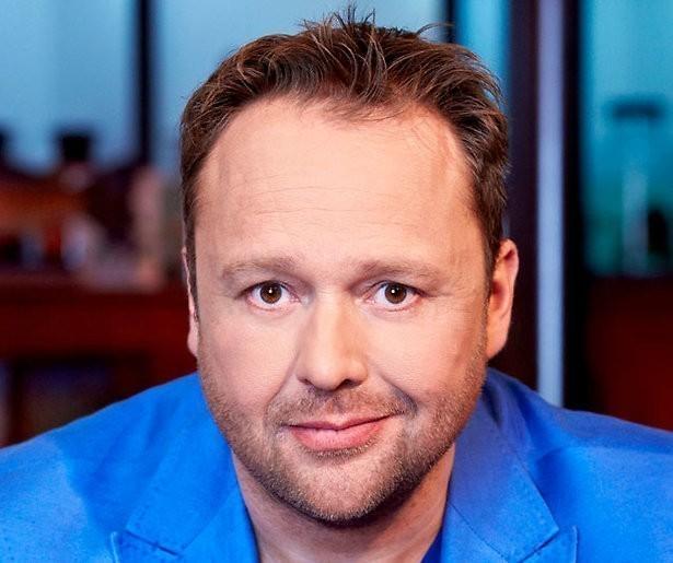 Richard Groenendijk presentator van kennisquiz bij BNNVARA