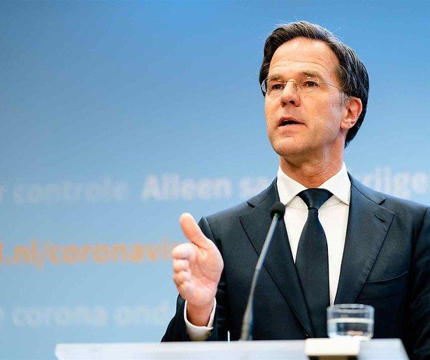 De TV van gisteren: Rutte vestigt kijkcijferrecord met persconferentie