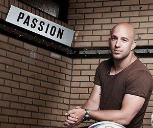 RTL-presentator JayJay Boske dertiende kandidaat Expeditie Robinson