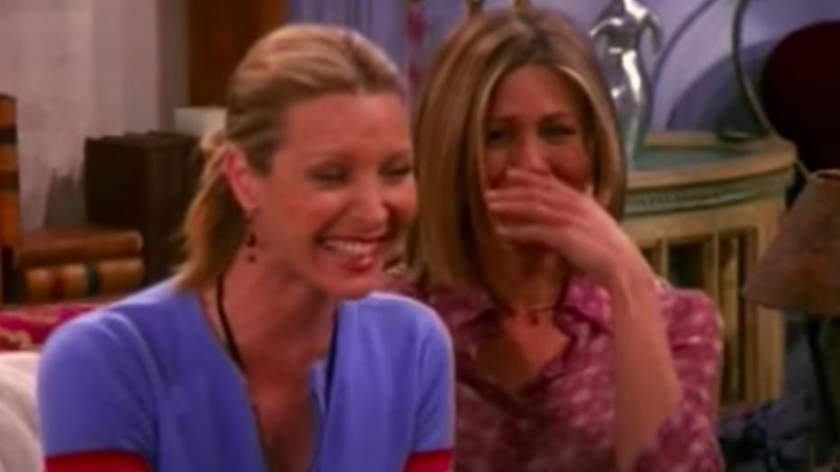 Lisa Kudrow en Jennifer Aniston in Friends.