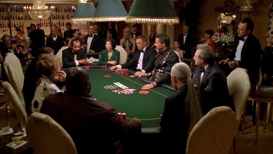 Kijktip: Daniel Craigs eerste klus in Casino Royale