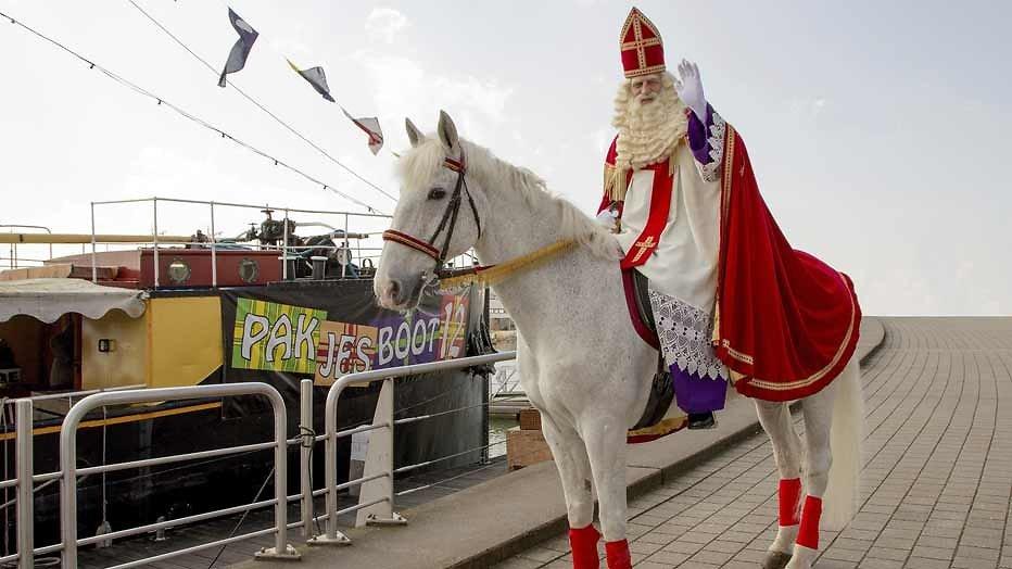 Landelijke Sinterklaasintocht in Dokkum