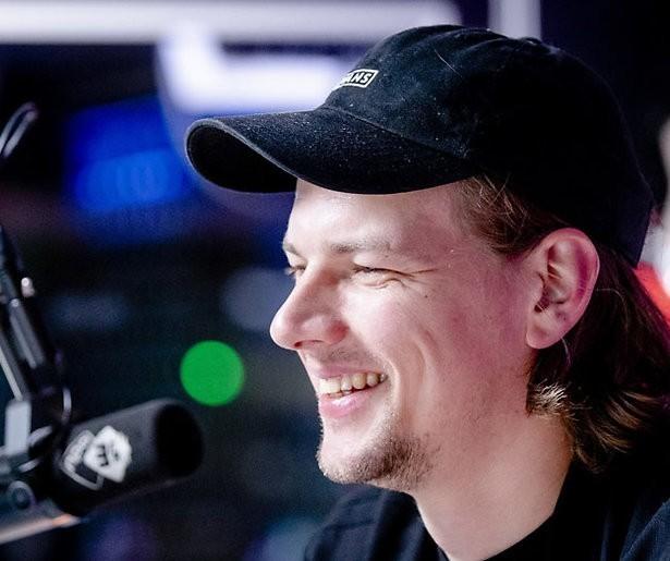 3FM-dj Sander Hoogendoorn besmet met coronavirus