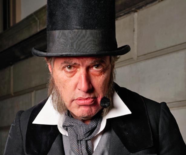 De TV van gisteren: Bijna 1,4 miljoen kijkers genieten van Scrooge Live