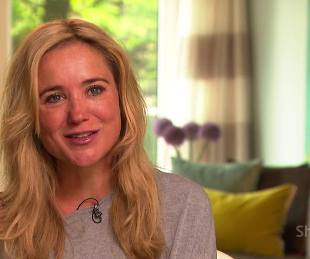 Sonja Bakker stelt ingrijpende operatie uit