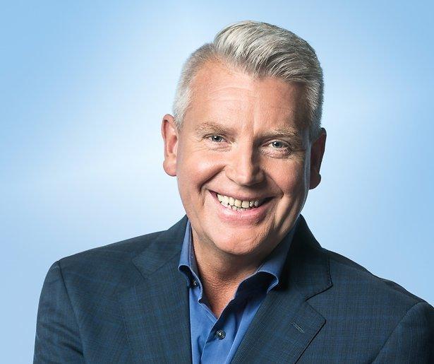 Sybrand Niessen nerveus voor concurrentie Angela Groothuizen