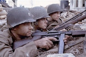 Tom Hanks moet Matt Damon redden in Saving Private Ryan