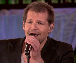 Videosnack: René van Kooten zingt Thinking Out Loud bij Beste Zangers