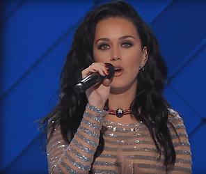 Videosnack: Katy Perry zingt voor Hillary Clinton