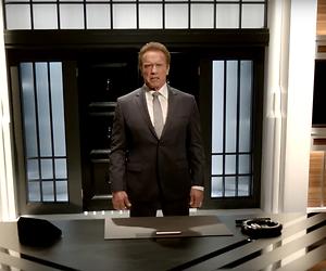 Arnold Schwarzenegger ontslaat mensen met de woorden: 'You're terminated'