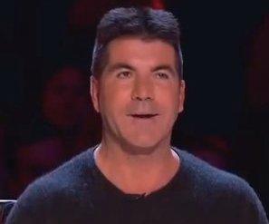 Heftig: Simon Cowell gehypnotiseerd door puppy