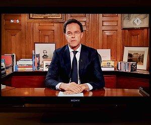 De TV van gisteren: 7 miljoen Nederlanders zien toespraak Rutte