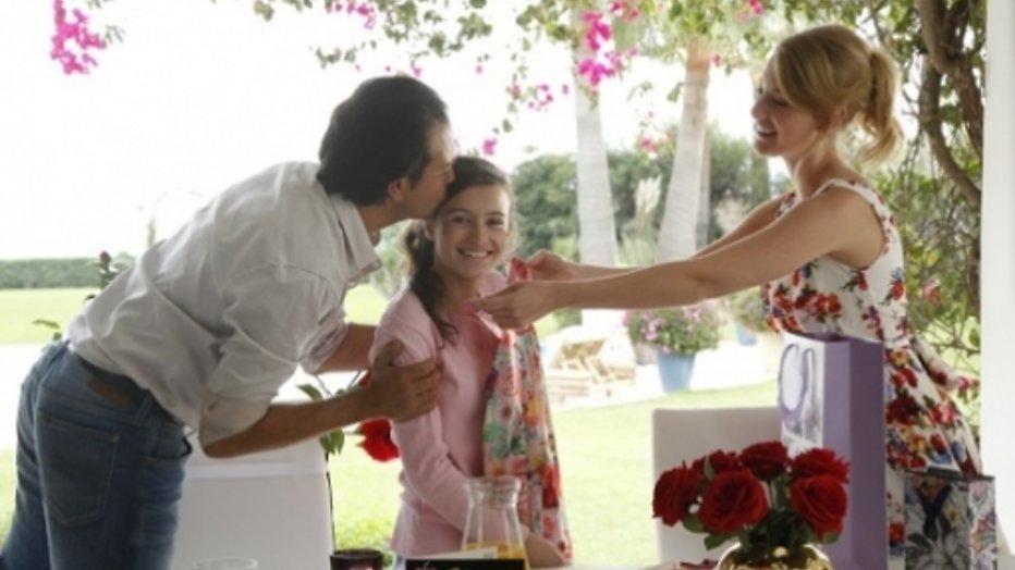 Bouquet Reeks-liefde voor Noortje Herlaar en Jeroen Spitzenberger