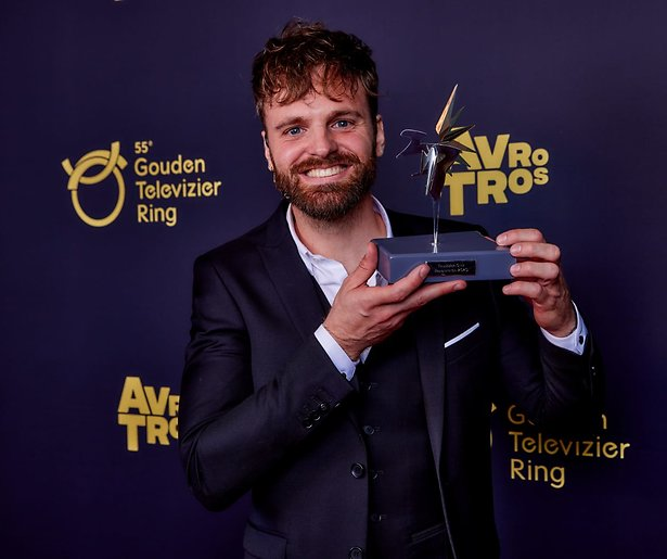 Tim Hofman wint Televizier-Ster Presentator 2020