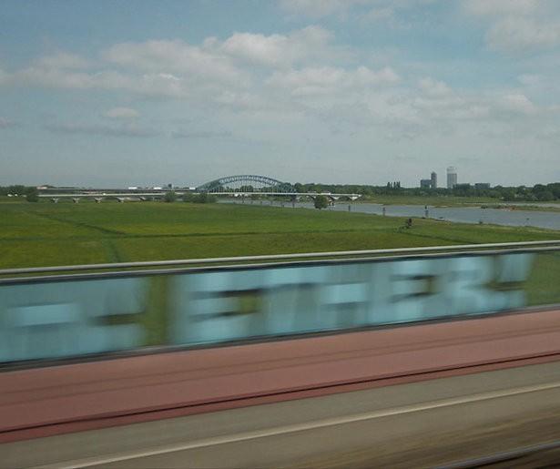 Omroep MAX verkent Nederland per trein in driedelige serie