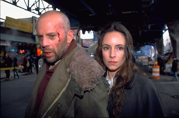 Bruce Willis gaat terug in de tijd