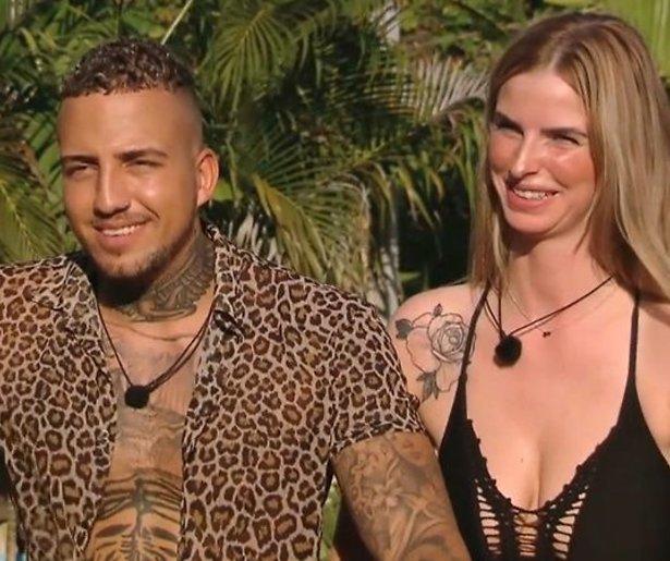 Tempation Island-Simone en Zach zo goed als zeker uit elkaar