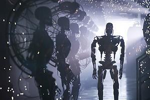 Christian Bale vecht tegen Skynet